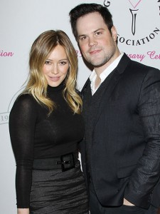 hilary duff and mike comrie officially divorced